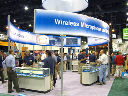 Lectrosonics at NAB 2005